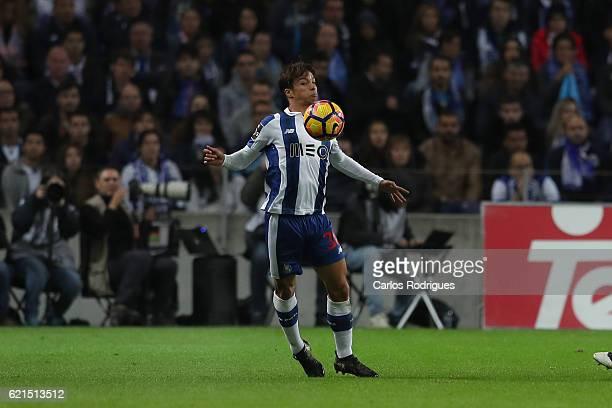 PortoÕs midfielder Oliver Torres from Spain during the FC Porto v SL Benfica Primeira Liga match at Estadio do Dragao on November 06 2016 in Porto...