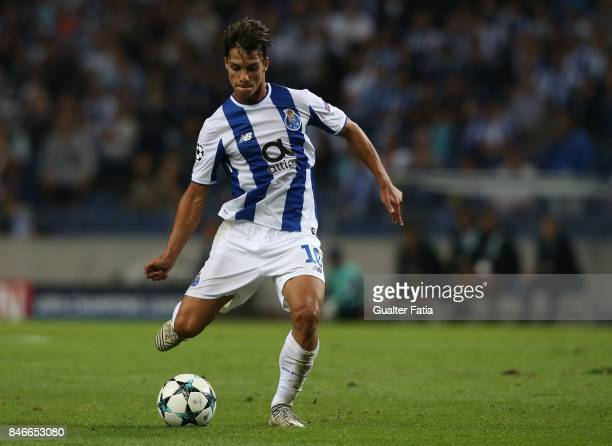 Porto's midfielder Oliver Torres from Spain in action during the UEFA Champions League match between FC Porto and Besiktas JK at Estadio do Dragao on...