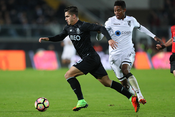 Vitoria Guimaraes v FC Porto - Primeira Liga : News Photo