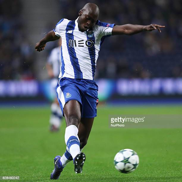 Porto's Portuguese midfielder Danilo Pereira in action during the UEFA Champions League Group G match between FC Porto and Leicester City FC at...