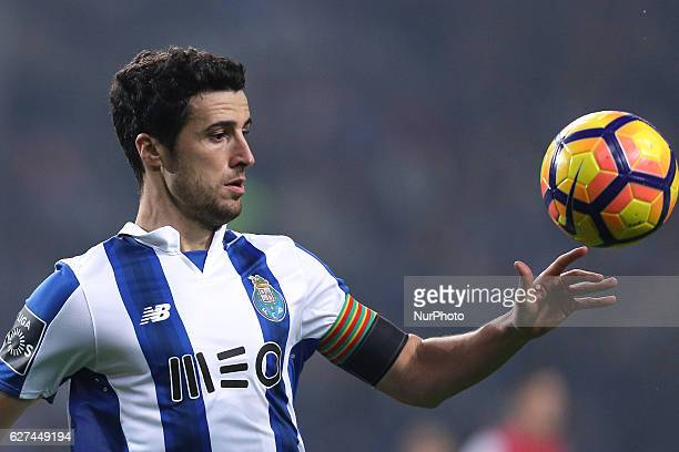 Porto's Spanish defender Ivan Marcano in action during the Premier League 2016/17 match between FC Porto and SC Braga at Dragao Stadium in Porto on...