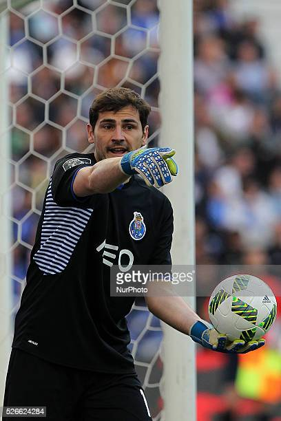 Porto's Spanish goalkeeper Iker Casillas in action during the Premier League 2015/16 match between FC Porto and Sporting CP at Drag��o Stadium in...
