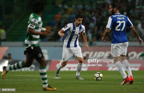 Porto'u2019s defender Ivan Marcano from Spain in action during the Primeira Liga match between Sporting CP and FC Porto at Estadio Jose Alvalade on...