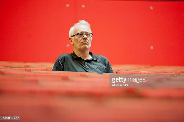 Herbert Fritsch Regisseur und Schauspieler Hier bei Proben in der Volksbuehne Berlin zu 'Die Spanische Fliege' 280611