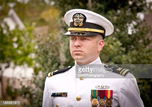 若い海軍責任者