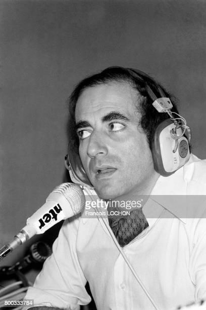 Portrait de JeanPierre Elkabbach à France Inter en novembre 1975 à Paris France