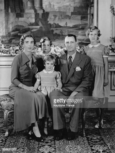 portrait de la famille royale de danemark pictures getty images. Black Bedroom Furniture Sets. Home Design Ideas