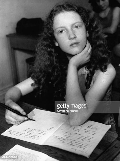 Portrait de l'actrice Shirley Lorimer circa 1950 à Londres RoyaumeUni
