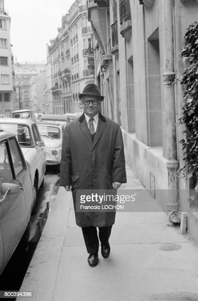 Portrait de l'écrivain Paul Guth en octobre 1976 à Paris France