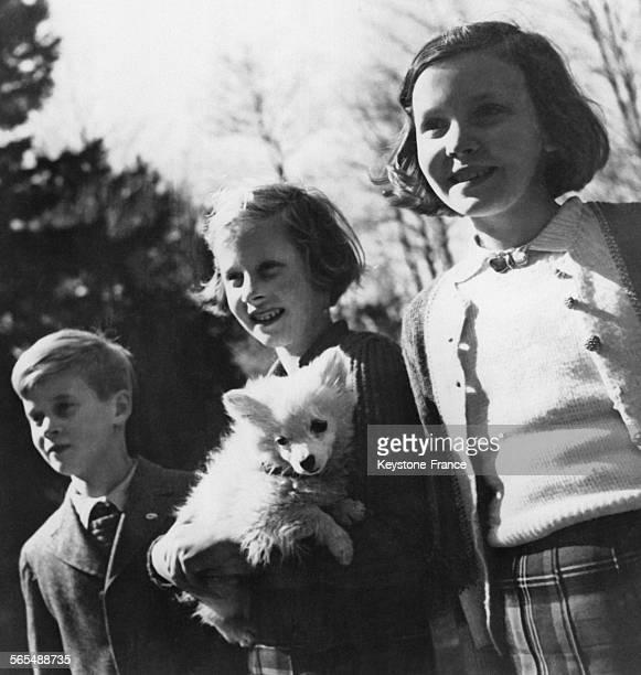 Portrait du prince Charles de HesseCassel et de ses soeurs les princesses Christine Marguerite de HesseCassel et Dorothée de HesseCassel à Kronberg...