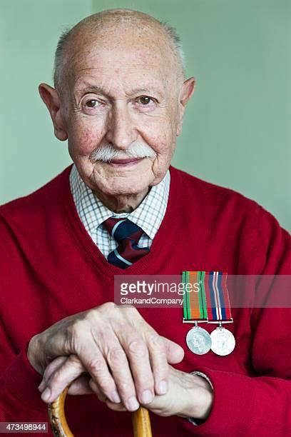Ritratto di 90 anni di guerra mondiale 2 Veterano di guerra.