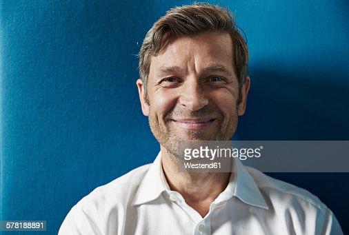 Portrait of a confident businessman : Foto de stock