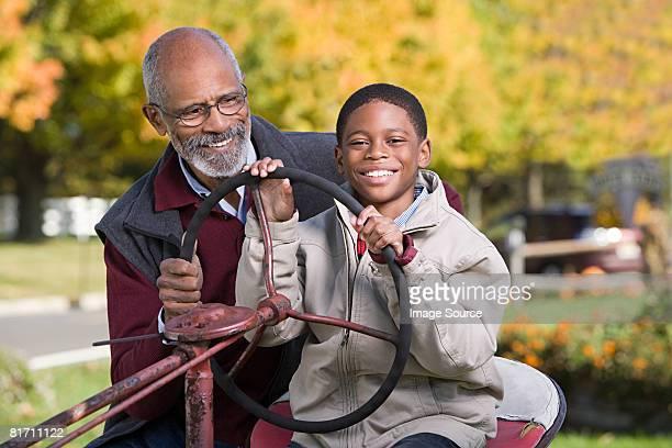 ポートレート、おじいちゃんと孫息子