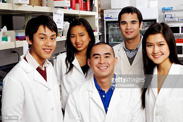 Portrait of a group of pharmacists in a laboratory