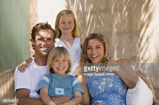 Portrait of a happy family : Stock-Foto