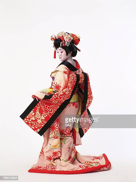 Portrait of a Kabuki actor acting as a female, Rear View