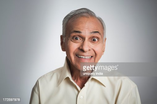 Portrait of a man smiling : Foto de stock