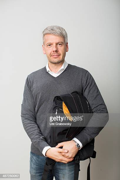 Portrait of a man with a bag on September 26 in Berlin Germany Photo by Ute Grabowsky/Photothek via Getty Images