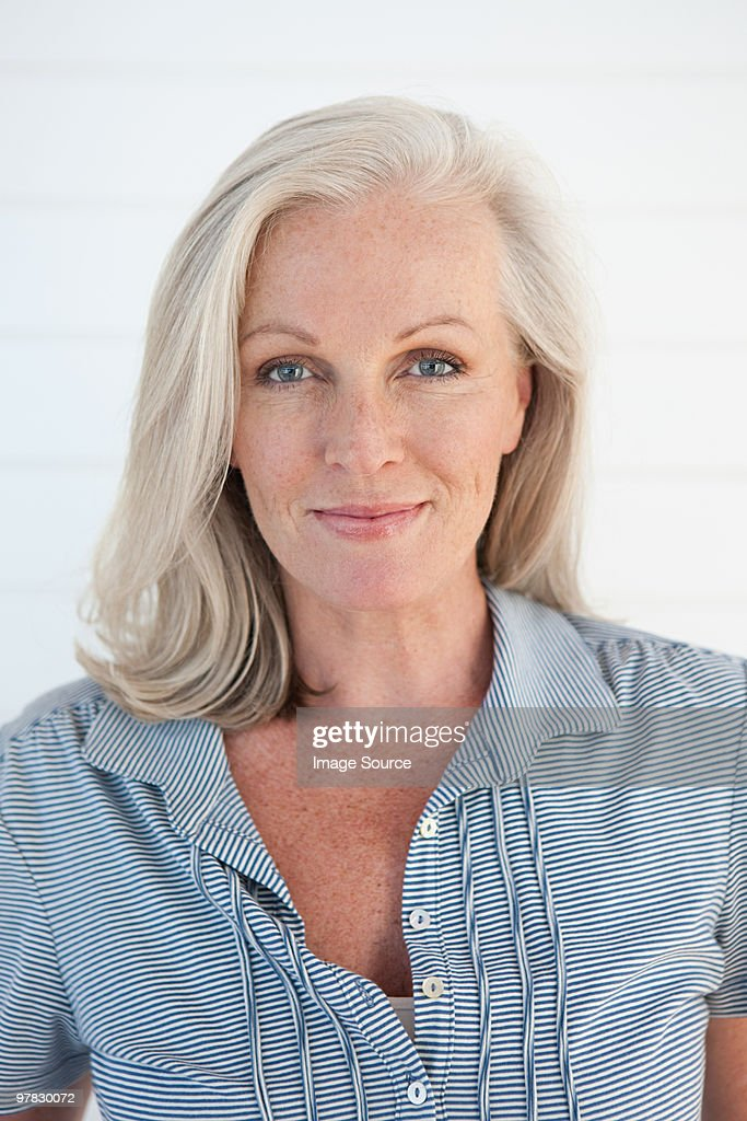 Portrait of a mature woman : Stock Photo