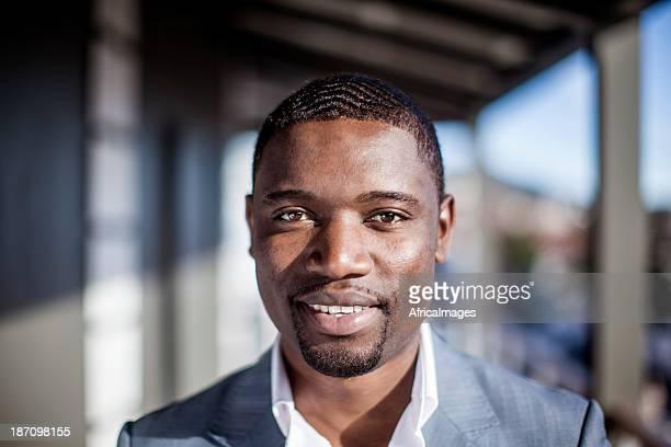 Portrait d'un homme d'affaires positive, Cape Town