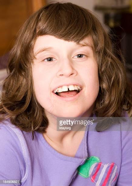 Porträt einer besonderen Bedürfnisse und autistic Mädchen