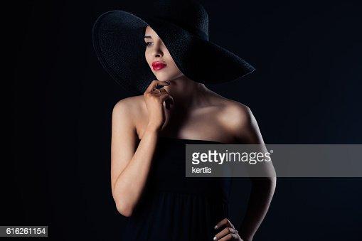 portrait of a woman in a hat : Foto de stock