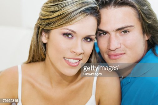Portrait of a young couple smiling : Foto de stock
