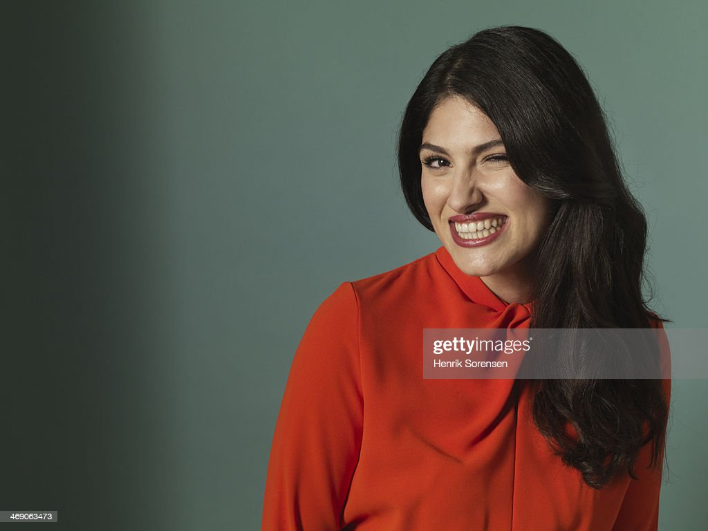 Portrait of a young smiling woman : Stock Photo