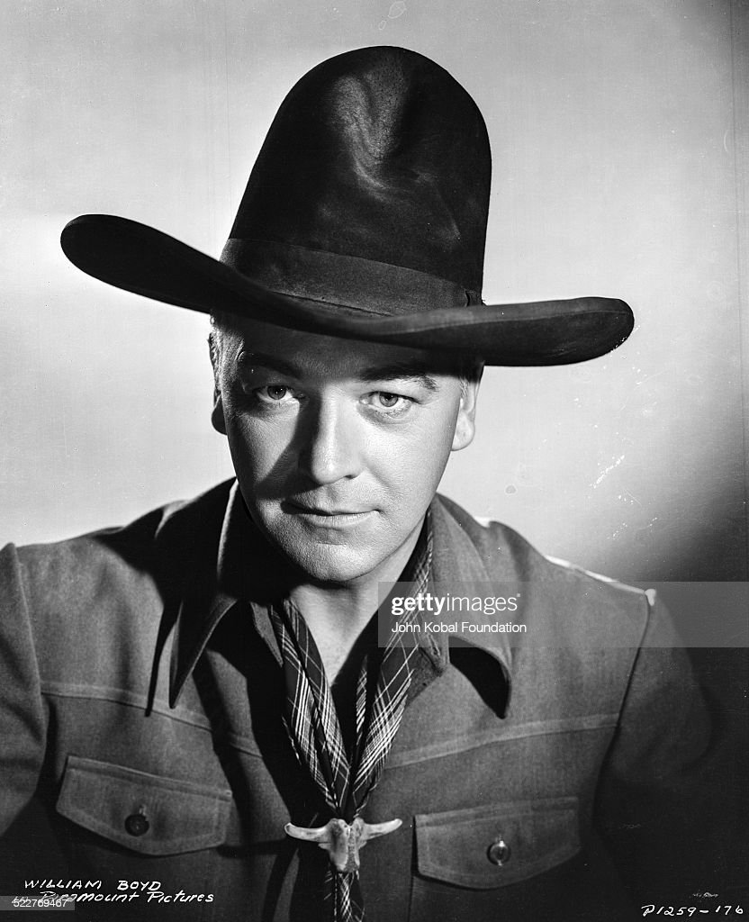Portrait of actor <a gi-track='captionPersonalityLinkClicked' href=/galleries/search?phrase=William+Boyd&family=editorial&specificpeople=94242 ng-click='$event.stopPropagation()'>William Boyd</a> (1895-1972) in costume, as he appears in the movie 'Hopalong Cassidy', for Paramount Pictures, 1935.
