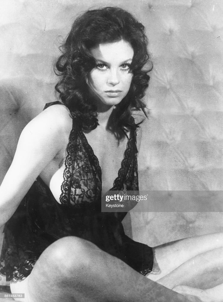 Lingerie Actress 52