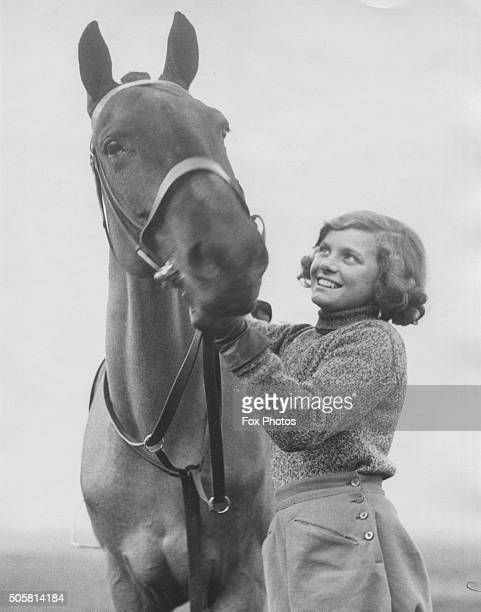Portrait of actress Nova Pilbeam with her horse 'Empress' on Wimbledon Common London January 10th 1934