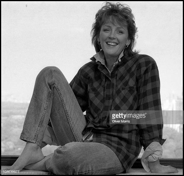 Portrait of American actress Bonnie Bedelia smiling while posing in Manhattan New York mid 1980s Photo by Oliver Morris/Getty Images