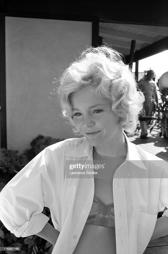 how tall is tuesday weld