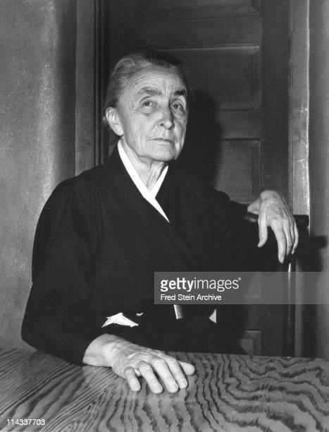 Portrait of American artist Georgia O'Keeffe twentieth century