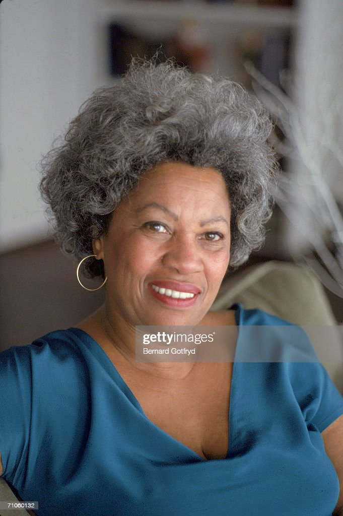 Portrait of American author <a gi-track='captionPersonalityLinkClicked' href=/galleries/search?phrase=Toni+Morrison&family=editorial&specificpeople=213946 ng-click='$event.stopPropagation()'>Toni Morrison</a> at home, 1980s.