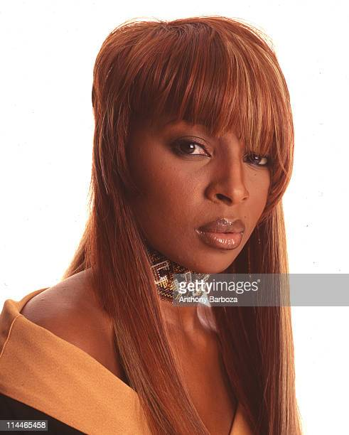 Portrait of American pop and rhythm blues singer Mary J Blige 1990s