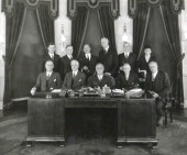 Portrait of American President Franklin D Roosevelt and his cabinet 1933 Pictured are seated from left Secretary of War George H Dern Secretary of...