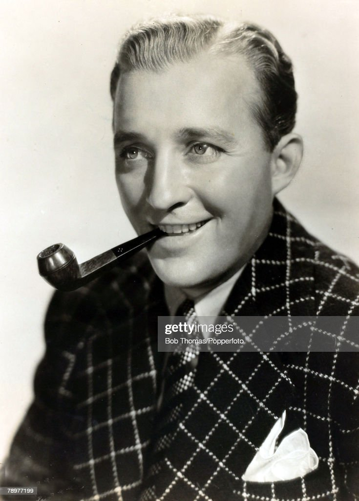 Stage and Screen, Music / Personalities, pic: circa 1940, <a gi-track='captionPersonalityLinkClicked' href=/galleries/search?phrase=Bing+Crosby&family=editorial&specificpeople=90412 ng-click='$event.stopPropagation()'>Bing Crosby</a>, portrait, American singer <a gi-track='captionPersonalityLinkClicked' href=/galleries/search?phrase=Bing+Crosby&family=editorial&specificpeople=90412 ng-click='$event.stopPropagation()'>Bing Crosby</a> (1904-1977) actor and singer, famous for his 'crooning' style, his hit best selling record 'White Christmas' and his films with Bob Hope, especially the 'Road To' series