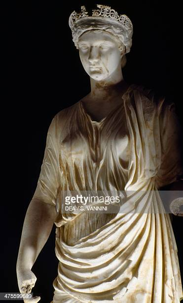 Portrait of Antonia Minor member of the JulioClaudian dynasty daughter of Mark Antony and Emperor Augustus' sister Octavia Minor Detail Marble statue...