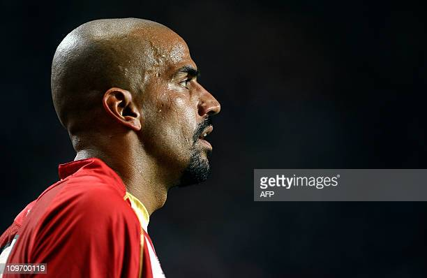 Portrait of Argentina's Estudiantes midfielder Juan Sebastian Veron during their Copa Libertadores 2011 group 7 football match against Colombia's...