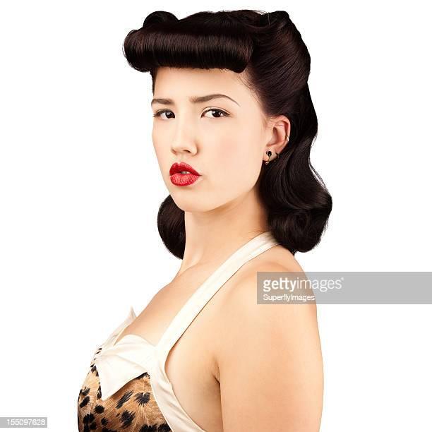 Portrait de la belle jeune femme Rockabilly