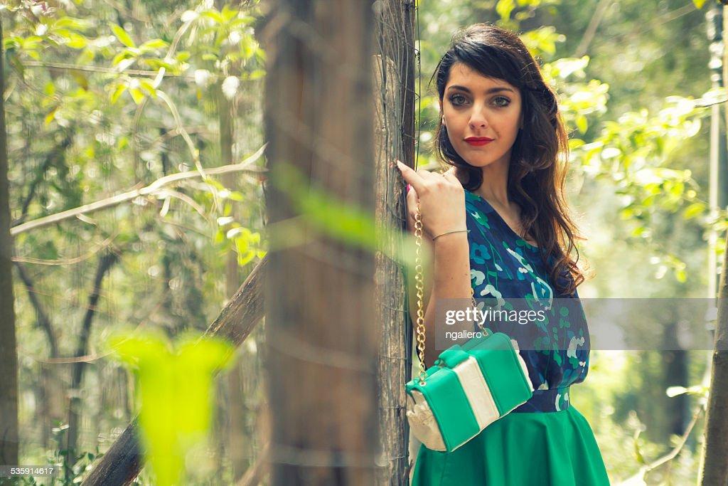 Retrato da bela jovem : Foto de stock