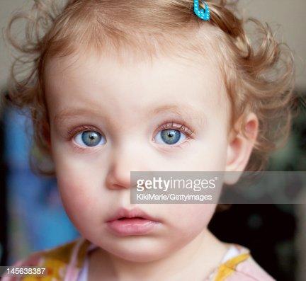 Portrait of blue eyed girl : Photo