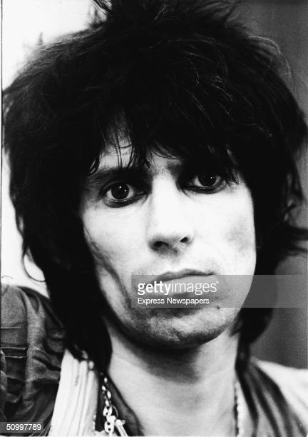 Portrait of British guitarist Keith Richards of the rock 'n' roll group The Rolling Stones wearing dark eye makeup May 19 1976