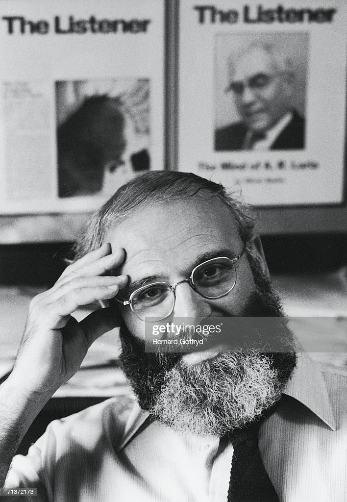 Portrait of British neurologist and author Dr. <a gi-track='captionPersonalityLinkClicked' href=/galleries/search?phrase=Oliver+Sacks&family=editorial&specificpeople=597933 ng-click='$event.stopPropagation()'>Oliver Sacks</a>, early 1980s.