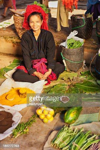 Portrait of burmese market seller
