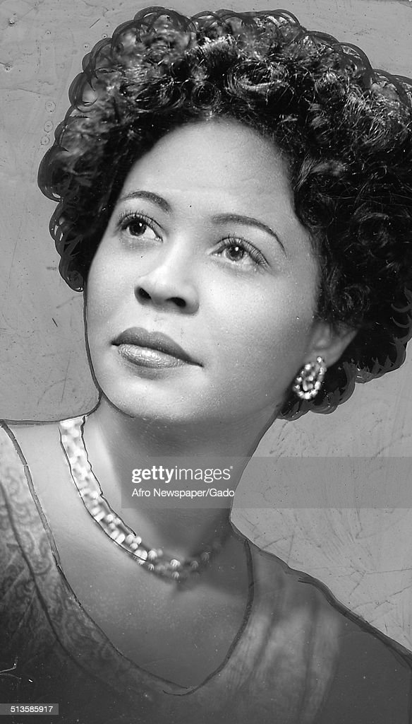 daisy bates First published in the adelaide review daisy bates, or kabbarli (grandmother) as her 'natives' called her, is best remembered as an eccentric edwardian, done up in a white blouse, stiff.
