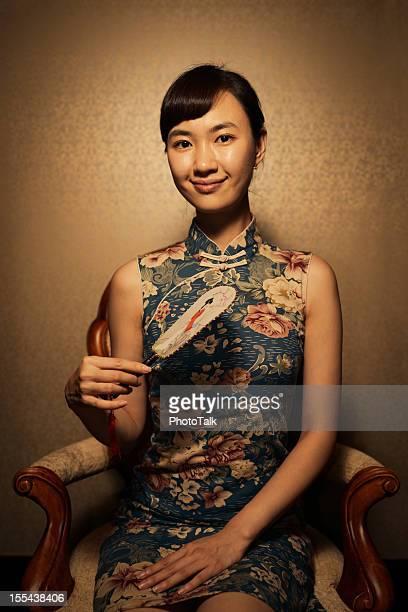 伝統的な中国の女性のポートレート、チャイナ服