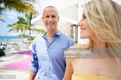 Portrait of couple at holiday resort : Foto stock