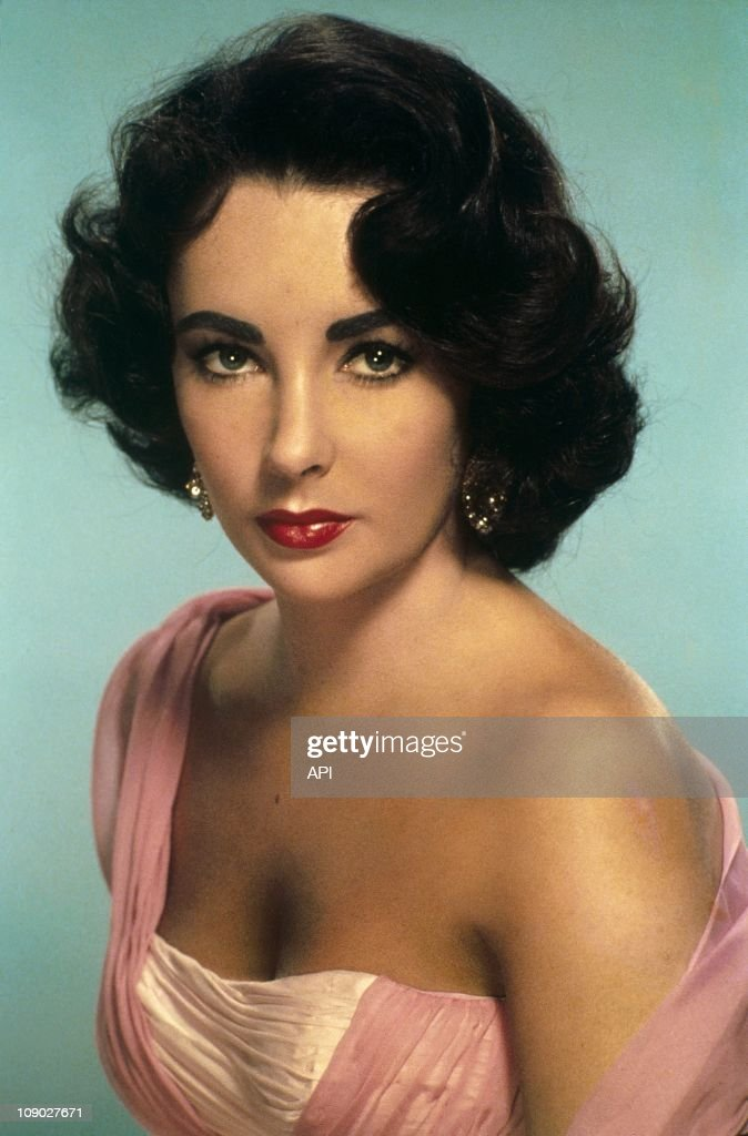 A portrait of <a gi-track='captionPersonalityLinkClicked' href=/galleries/search?phrase=Elizabeth+Taylor&family=editorial&specificpeople=69995 ng-click='$event.stopPropagation()'>Elizabeth Taylor</a> in 1951.